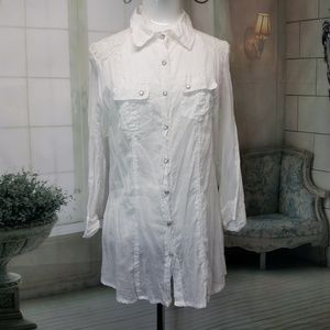 Love potion blouse size large white